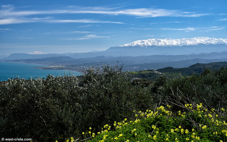 The Bay of Chania and the White Mountains -  click on the image to enlarge